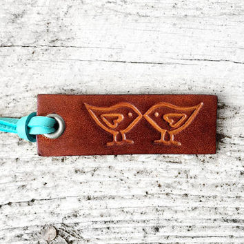 Leather Keychain - Valentien's Day Gift - Third Anniversary Gift - Kissing Birds Couples Gift - 3rd Rustic Wedding Favors - Small Key Chain