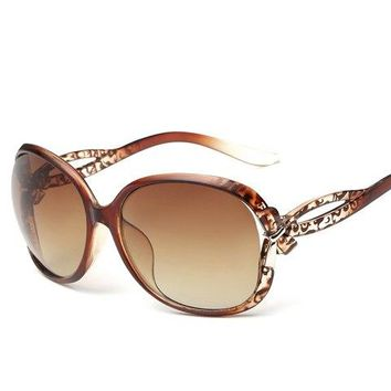 Stylish Small Bow Embellished Leopard Pattern Ombre Sunglasses For Women - Tea-colored