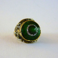 Vintage Cocktail Ring Marbled Green Faceted Lucite Stone