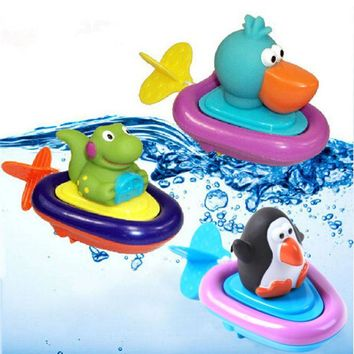 DCCKL72 Baby Bath Swimming Toy Ducks/Penguin/Crocodile Clockwork Play Swimming Toy for Kid Educational Toys Infant Cute Animal Bath Toy