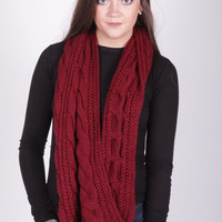 Cable Knit Cozy Scarf