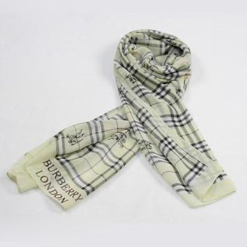 Burberry Woman Fashion Accessories Sunscreen Cape Scarf Scarves-5