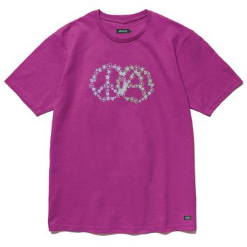P&A Tee in Berry