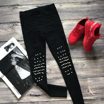 RIVET SPLICED JEANS
