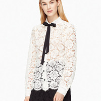 bow tie lace shirt