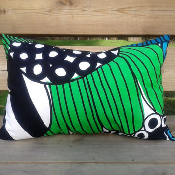 Marimekko Pillow cover, 14x20 cusion cover, throw pillow cover, pillow sham, modern pillow cover, Scandinavian pillow