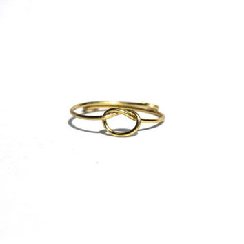 Gold Knot Wire Ring