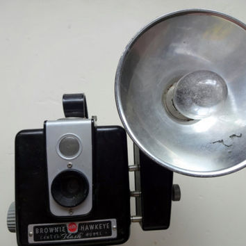 Vintage Kodak Brownie Hawkeye Flash Camera 1950s