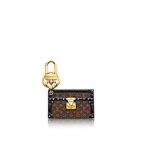 Products by Louis Vuitton: Petite Malle bag charm & key holder