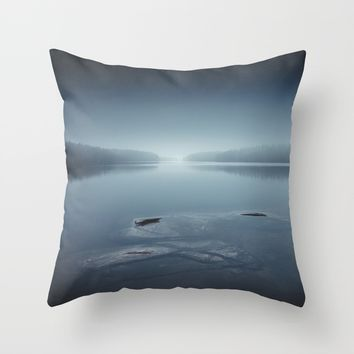I can´t sleep Throw Pillow by HappyMelvin