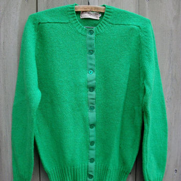 Vintage sweater - emerald green womens Shetland wool cardigan