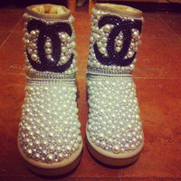 Customized low UGGS