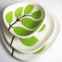 set of 3 ceramic dishes - leaves in chartreuse green - ceramic and pottery