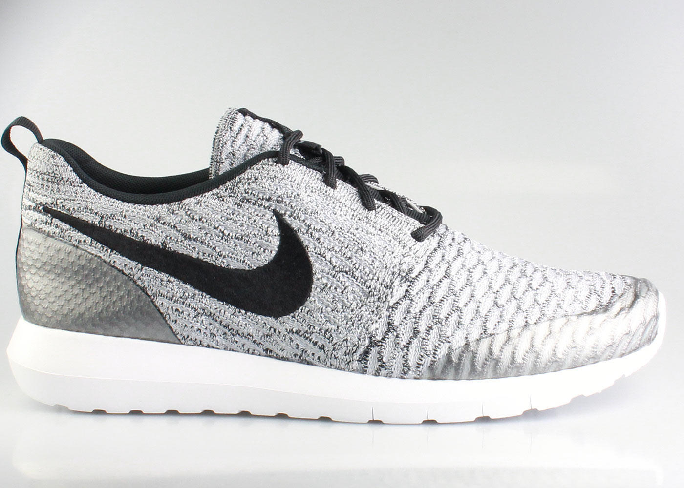 nike men s roshe run flyknit se wolf grey from kickzstore rh wanelo co