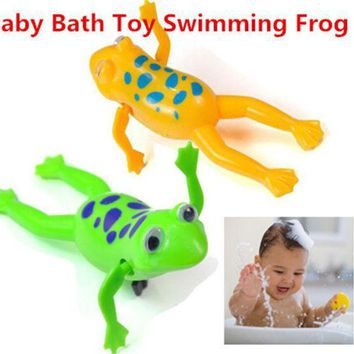 ICIK272 Baby Kids Bath Toy Clockwork Wind Up Plastic Swimming Frog Battery Operated Pool Bath for Kids Baby Free Shipping