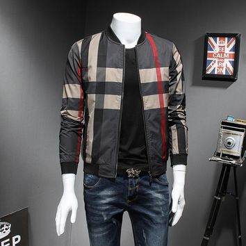 High Quality Men Casual Bomber Jacket Fashion 2018 Men Plaid Spring Jacket Long Sleeve Slim Fit Windbreaker Coat Male 5XL-M Hot