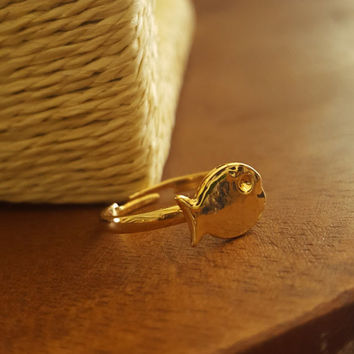 Cute small Delicate ring Gold plated dainty ring tiny fish adjustable ring