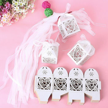 New 50PCS Love Heart Laser Cut Candy Gift Boxes With Ribbon Wedding Party Favor Creative Favor Bags