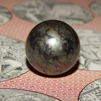 Genuine PYRITE ORB - Genuine Pyrite Gemstone Sphere - 25mm Gemstone - Metaphysical Crystals - Healing Gemstones - Chakra Stones - Fools Gold