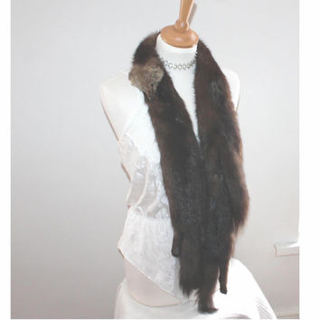 Vintage genuine fur stole. Three pelts
