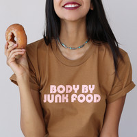 VALFRÉ BODY BY JUNK FOOD TEE