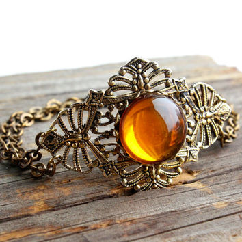 Vintage Filigree Bracelet - Retro Gold Tone Amber Glass Stone Costume Jewelry / Double Chain Bracelet