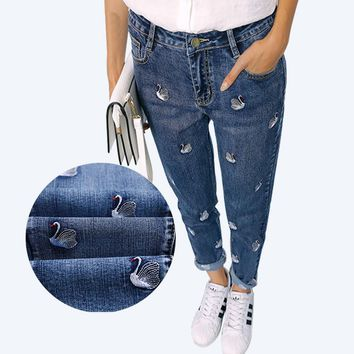 High Waist Jeans Women 2017 Autumn Winter Fashion Embroidery Mom Jeans Female American Apparel Denim Pants Boyfriend Jeans Femme