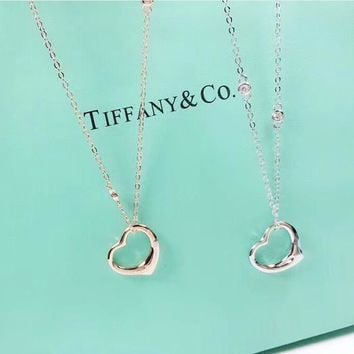 Tiffany & Co New Fashion Love Heart Pendant Women Sterling Silver Necklace