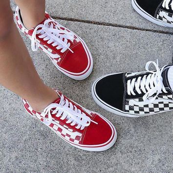 Shop Vans Old Skool on Wanelo