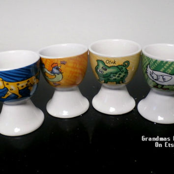 Ceramic Farmyard Egg cup, Animal Character Porcelain Egg cup, Cute egg cups, Animal Lovers GIFT, Egg Dish, Easter basket, Passover, set of 4
