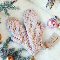 Rosy Knit Gloves