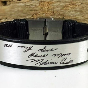 FREE SHIPPING - Hend Writing bracelet.Personalized Men Bracelet.Wedding anniversary gift. Hand Writing .Leather Customized Bracelet,Own Sign