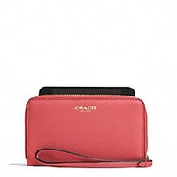 EAST/WEST UNIVERSAL CASE IN SAFFIANO LEATHER