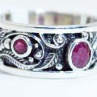 Beautifully Detailed Sterling Silver Ruby Vine ring