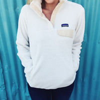 Patagonia Women's Re-Tool Snap-T Pullover- Raw Linen