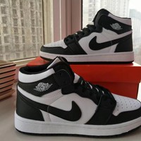 Nike Air Jordan I Unisex Casual Fashion Multicolor High Help Breathable Plate Shoes Basketball Shoes Couple Sneakers
