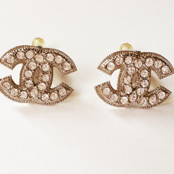 Authentic Chanel Blink Cc Large Size Clip On Earrings