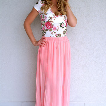 Peachy Paradise Maxi Skirt: Peach