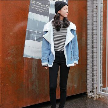 High Quality 2017 Women Jackets Spring Fur Jean Denim Jacket Blue Bomber Coat with Front Button Pockets Lambs Wool Long Sleeve