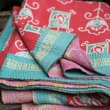 Kantha Quilt, Sari Quilt, Sari throw, Sari Blanket, Kantha Blanket, Kantha Throw, Indian Quilt, Coverlet, Ralli Quilt, Gudri, Kantha