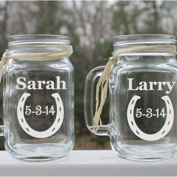 Etched  Mason Jars, Horseshoes,  Set of 2, , Etched Glass Mugs 16oz , Etched Wedding Glass , Etched Mugs, Personalized Mugs,  Etched mugs