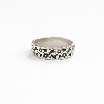 Vintage Sterling Silver Blossom Petal Pattern Eternity Ring - Retro Mid Century Blooming Flower Leaves Size 9.5 Cigar Band Jewelry