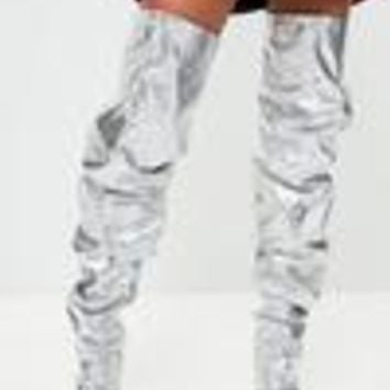 Missguided - Londunn + Missguided Silver Slouch Thigh High Boots