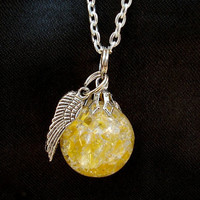 Sunny Wing Crackle Glass Marble Necklace