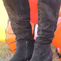 For All To See Boots: Dark Brown