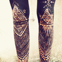TRIANGLE Power TRIBAL LEGGINS handpainted