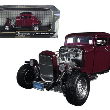 "1932 Ford Coupe Burgundy ""Timeless Classics"" 1-18 Diecast Model Car by Motormax"