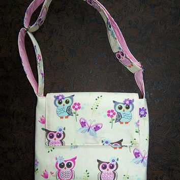 Owl Girls Crossover purse, 2 inside pockets, adjustable strap, pink owls, turquoise, purple, magnetic flap closure, Teen shoulder purse
