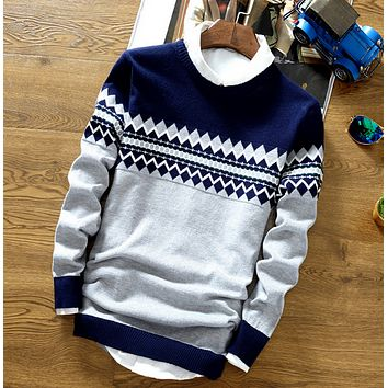 Mens Snowflake Knit Sweater
