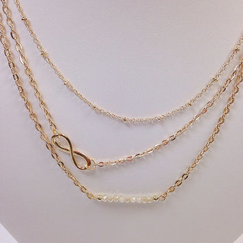 Gold layering infinity beaded necklace / Gold infinity necklace / Gold charm necklace / Gold statement necklace / Gold beaded necklace